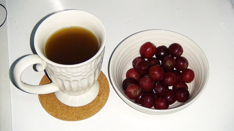 Ginger tea and Grapes
