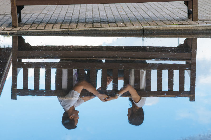 Engagement shoot: Reflection in the water