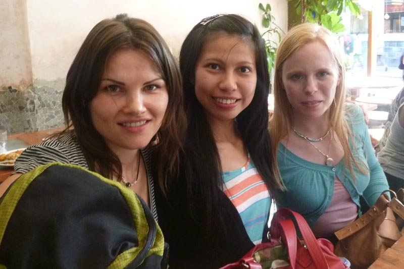 London Meet-up 2011: Justina, Imelda and Hanna