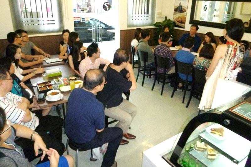 SG PE Readers Meetup (Jul 27, 2014): Ice breaking, #2