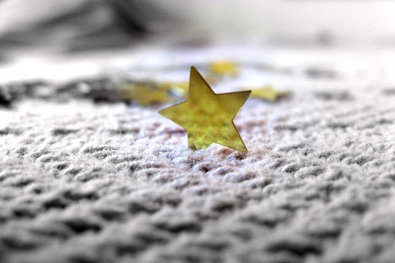 Yellow star on carpet