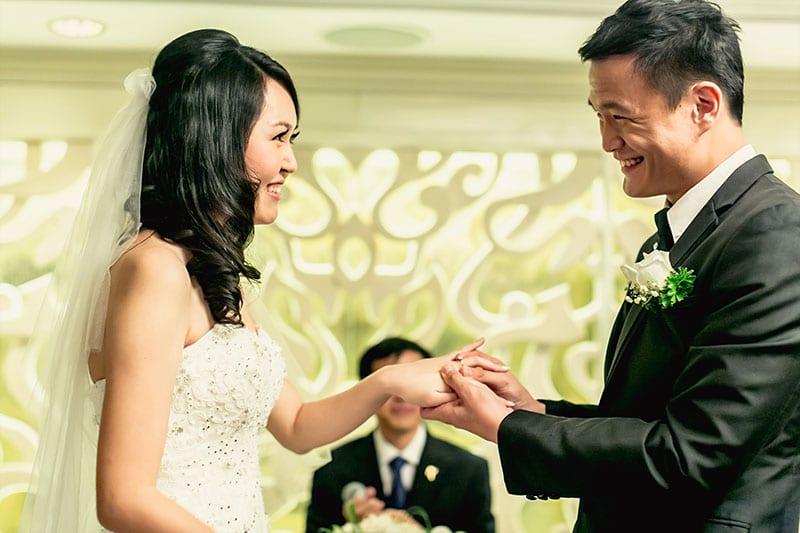 Exchange wedding rings