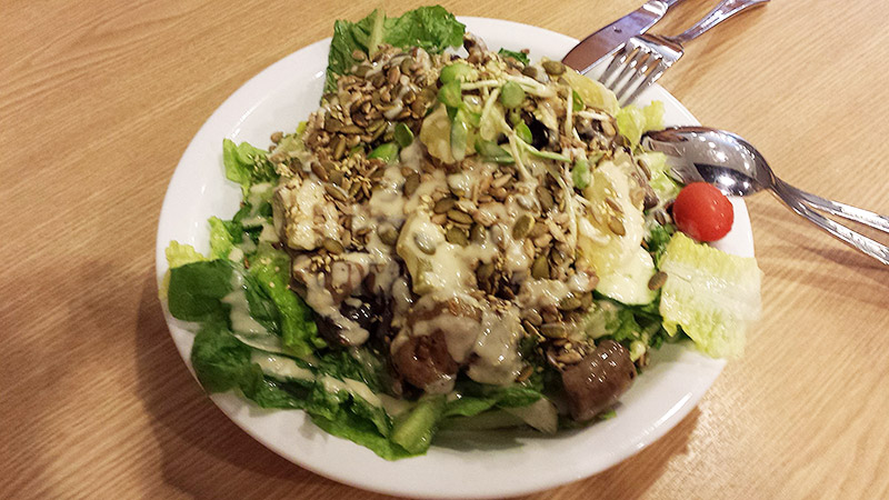Mushroom and pineapple salad