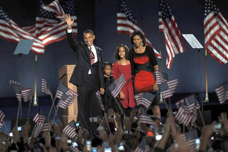Barack Obama, Michelle Obama, and family