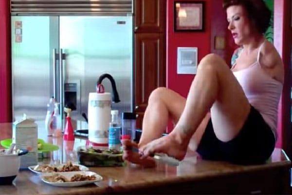 Barbie Thomas, cooking