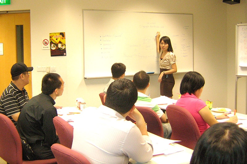 "Conducting ""How to Write Winning Resumes"" workshop with JobsCentral"