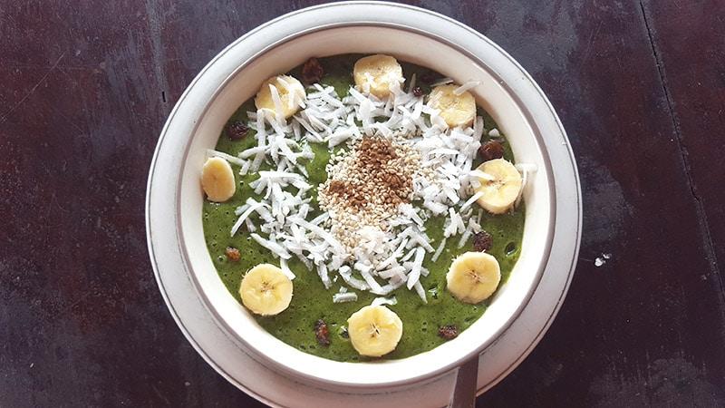 Ubud: Dayu's Warung, Green Moringga Spirulina Smoothie Bowl