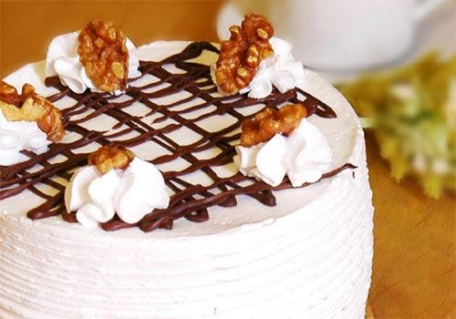 Delcie's Desserts - Dulce De Luche Banana Cake