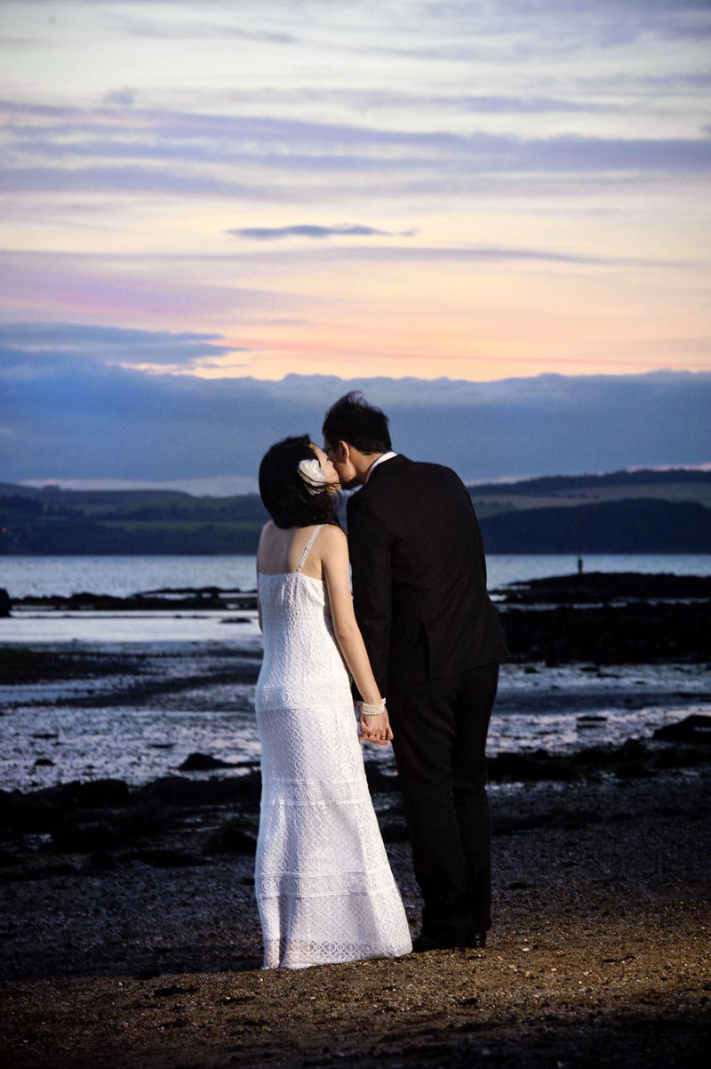 Engagement shoot: A sweet moment together (Cramond Beach)