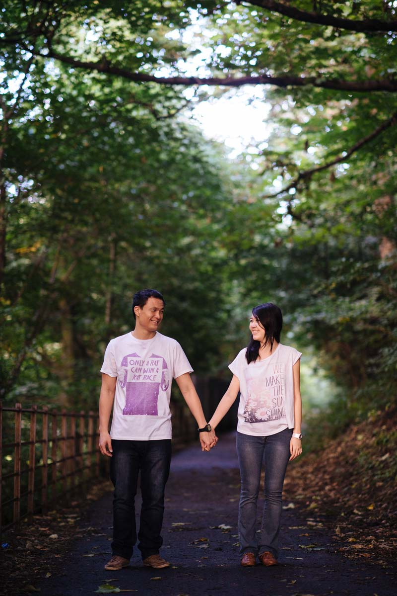 Engagement shoot: Hand in hand, together forever