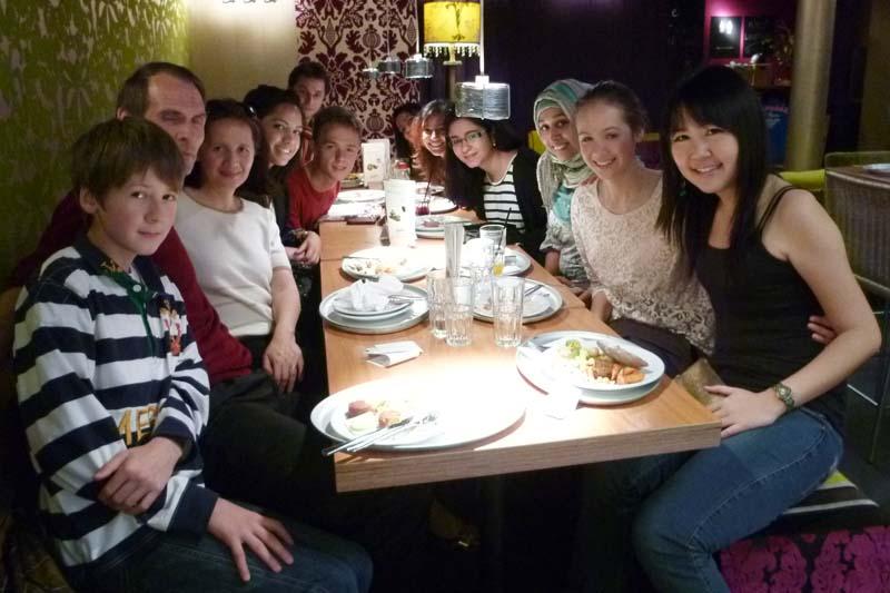 London Meet-Up, Group Shot #1