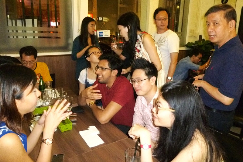 SG PE Readers Meetup (Jul 27, 2014): Mingling #2