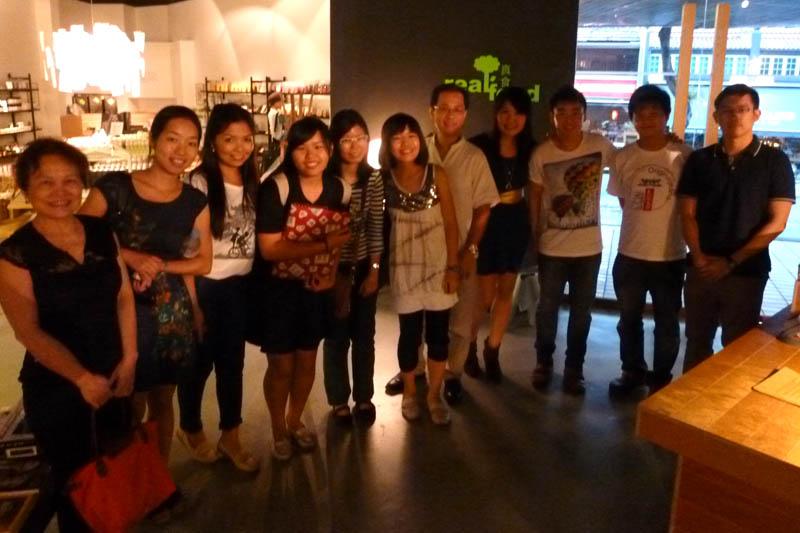 Singapore PE Readers Meet-Up (Oct 27, 2012), Group Shot #2