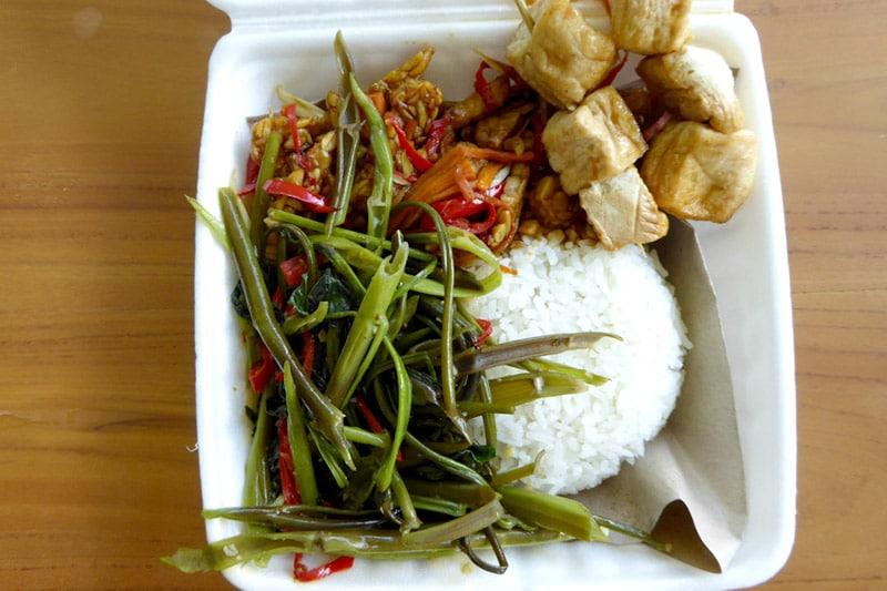 Ubud: Nine Heaven Vegan Warung, Nasi Campur
