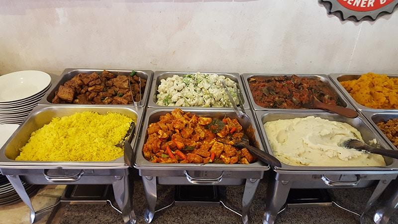 Ubud: Sawobali Vegan Buffet, Buffet Spread