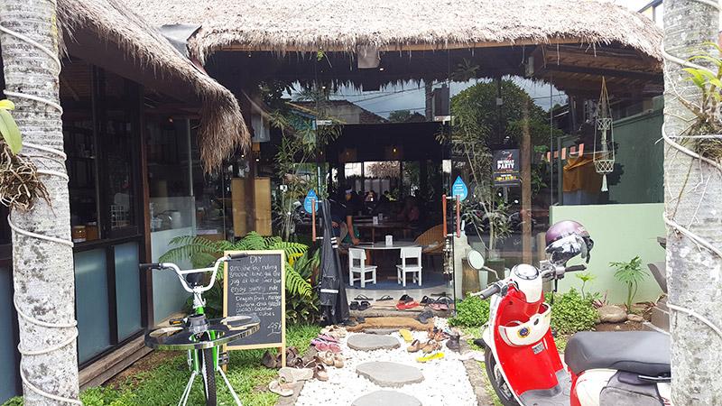 Ubud: Sayuri Healing Food, Entrance