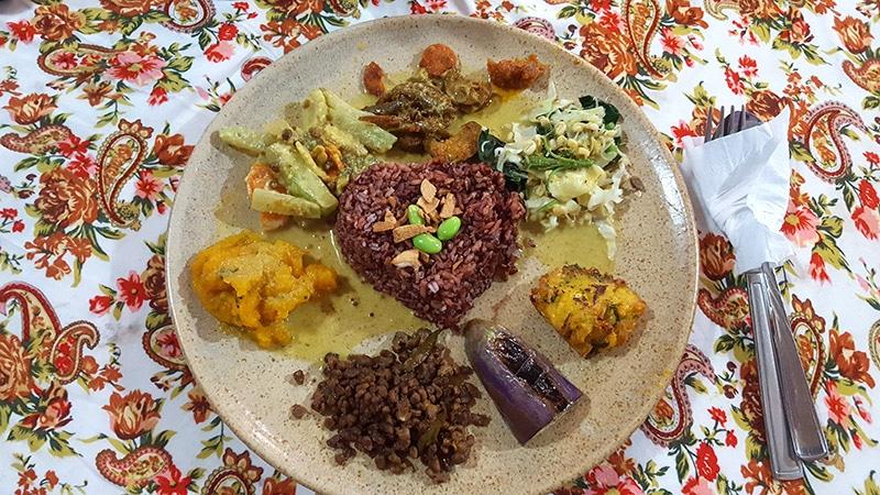 Ubud: Wulan Vegetarian Nasi Campur